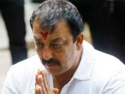 Sanjay Dutt Want Surrender Pune S Yarvada Jail