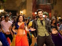 Video Of Yeh Jawaani Hai Deewani Ghagra Song