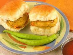 Top 11 Street Foods Of India