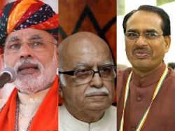 Advani Takes A Swipe Rates Shivraj Higher Than Modi