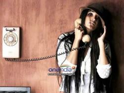 Jiah Khan Was Tensed With Her Blackberry Z 10 Phone