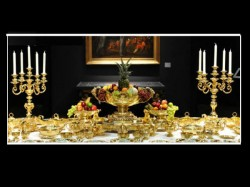 Maharaja Of Patiala S Dinner Set Sells For 18 Crore