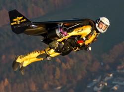 Amazing Jetman Flies Faster Than Jet Plane