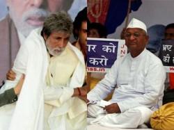 Prakash Jha Refuses Show Satyagraha To Team Anna