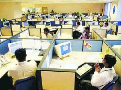 Government Employees Retirement Age Could 62 Years