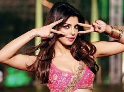 Watch Priyanka Chopra Pinky Hai Dilwaalon Ki Song Zanjeer
