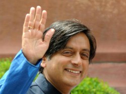 Swami Vivekananda Was Alcoholic And Non Vegetarian Shashi Tharoor