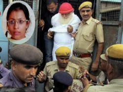 Asarams Close Aide Shilpi Surrenders