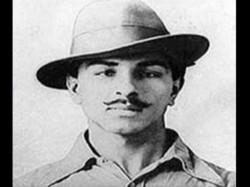 Inspite Of Clash With Gandhiji Bhagat Singh Spread Revolution