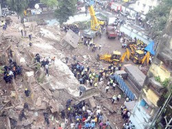 Mumbai Death Toll 26 In Mazgaon Building Collapse