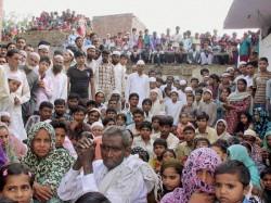 Violence At Mahapanchayat Meerut Over Bjp Leader S Arrest