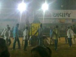See Picture Of Sheri Garba In Navaratri Festival
