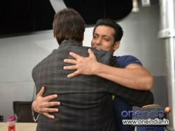 Amitabh Bachchan Meets Salman Khan At Mehboob Studio