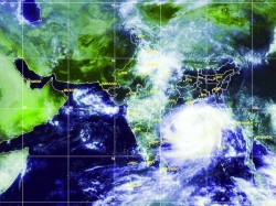 Cyclone Phailin Turns Very Severe Odisha On The Edge