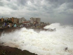 Phailin Leaves Trail Destruction Cyclone Intensity Weakens