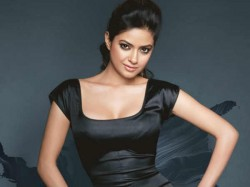 Priyanka Chopra S Cousin Sister Meera Chopra Entered In Bollywood