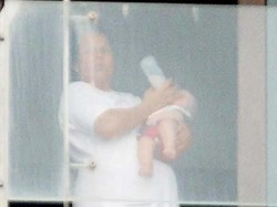 Pictures Shahrukh Khan Son Abram Spotted At Mannat Balcony