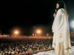 Divyaotsav Maha Lakshmi Puja With Sri Sri On Diwali At Nadiad