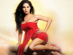 Indan Actress Who Look Red In Hot In There Red Dresses