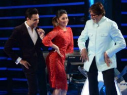 Kareena Regrets Not Studying Further On Kbc Set Gtpm