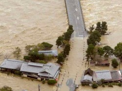 More Than 10 000 Feared Dead Typhoon Ravaged Philippines