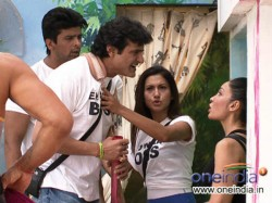 Bigg Boss 7 Sofia Filed Police Complaint Against Armaan