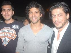 Shahrukh Khan Farhaan Akhtar Share Screen Space Dholakia Raees