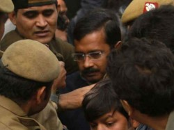 Kejriwal S Security Up After Ib Alert Against Water Tender Mafia