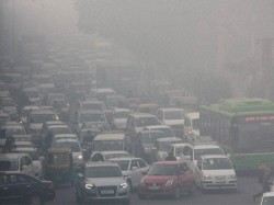 Fog Low Visibility In Delhi Rains Likely