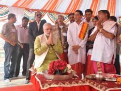 Narendra Modi Performed Puja At Somnath Temple