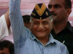 V K Singh Joins Bjp