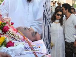 Juhi Chawla S Brother Bobby Passes Away Cremated