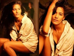 Poonam Panday Turns 23 Cricket Lover Hates Clothes