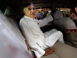 Congress Second Candidate List Features Tainted Pawan Bansal Lse