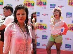 Bollywood Celebs Celebrated Holi Zoom Holi Party