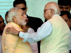 Advani Filed Nomination From Gandhinagar Accompanied By Narendra Modi Lse