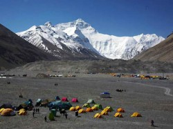 Six Killed In Mount Everest Avalanche