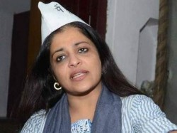Muslims Should Be Communal Their Own Good Shazia Ilmi Says Lse