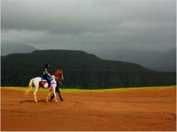 Panchgani Travel Guide A Cool Summer Vacation