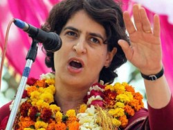 Priyandka Gandhi Attacks Narendra Modi Says Nation Run With Heart Lse