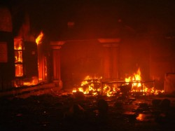 People Attack Hindu S Home And Temple In Bangladesh 17 Arrested