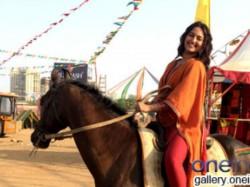 Sonakshi Sinha Likes Horse Riding Tevar