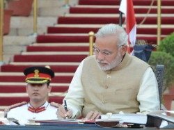 Narendra Modi With 15 Plans For Facing Challenges
