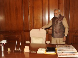 Narendra Modi Starts Work From Pmo Today See Pics Lse