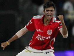 Gujarat S Rising Star Akshar Patel Team India Raina Will Lead This Team