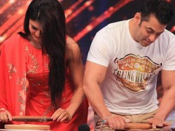 Photos When Salman Khan Jacqueline Madhuri Made Rotis On