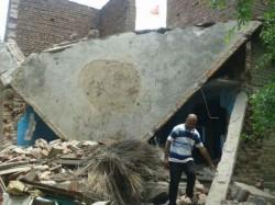 Naxal Blow Up Crpf Jawan S House Aurangabad Bihar
