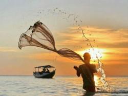 Bio Metric Id Card Must For Fishing Off Gujarat Coast
