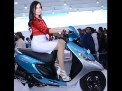 Important Things Consider Before Buying Two Wheeler Ladies