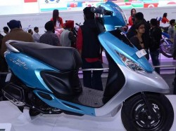 Comparison Tvs Scooty Zest Vs Activa I Vs Lets Vs Pleasure Vs Ray
